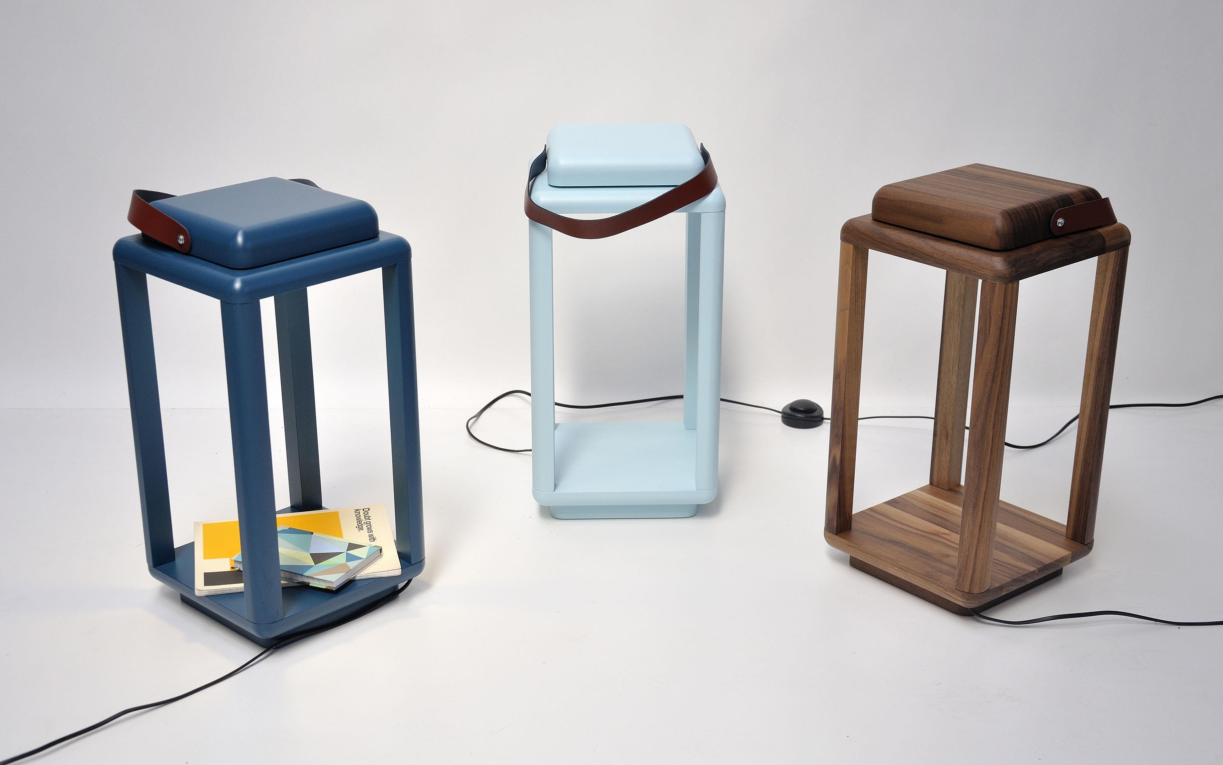 lampe nauset small led h 40 cm bleu canard cuir marron valsecchi 1918. Black Bedroom Furniture Sets. Home Design Ideas