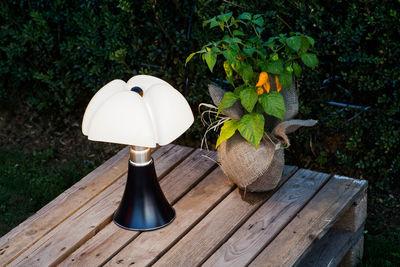 minipipistrello led lampe ohne kabel h 35 cm mit usb ladefunktion wei lampenschirm. Black Bedroom Furniture Sets. Home Design Ideas