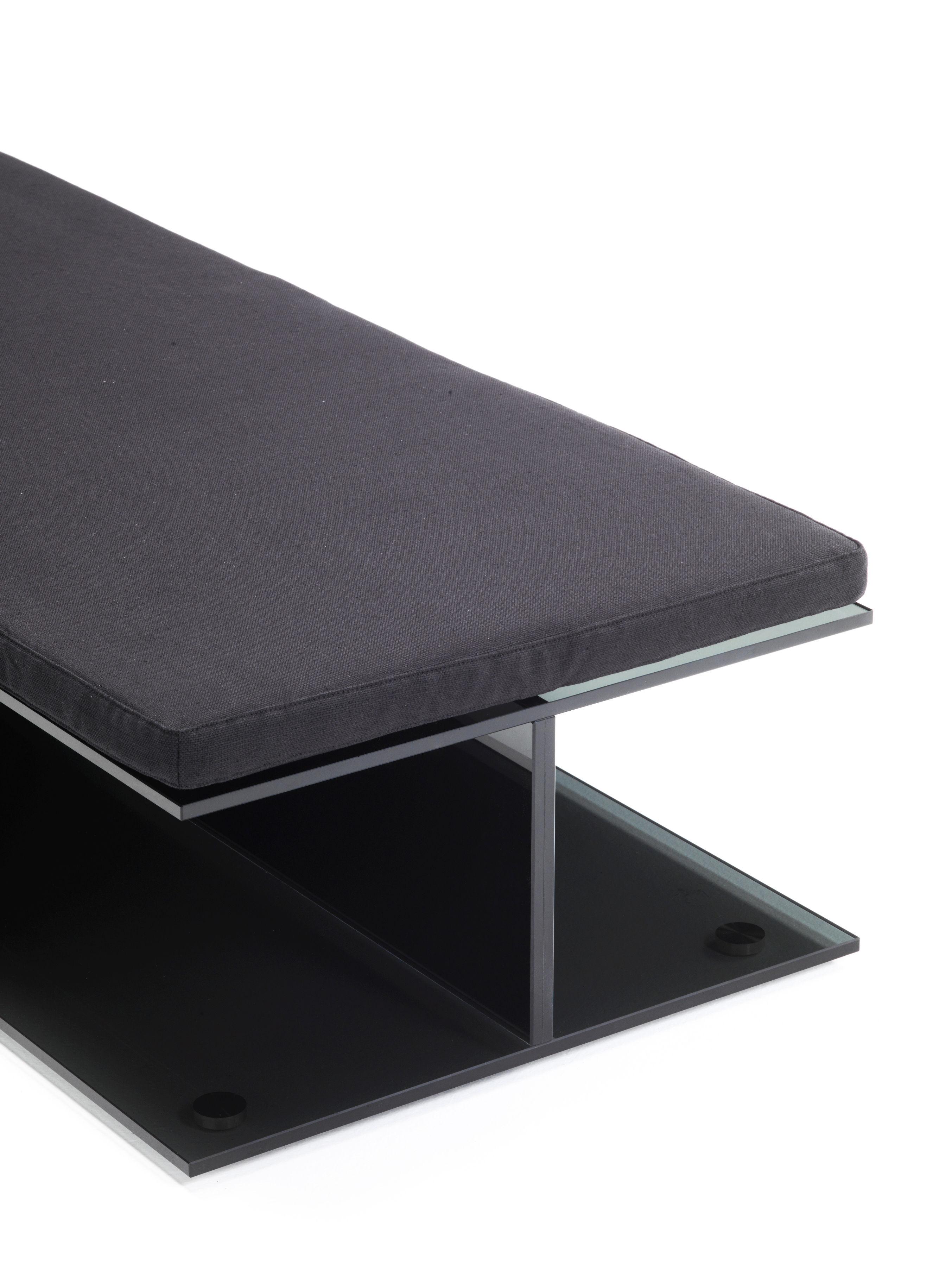 coussin d 39 assise pour banc et dormeuse i beam 60 x 60 cm noir glas italia. Black Bedroom Furniture Sets. Home Design Ideas