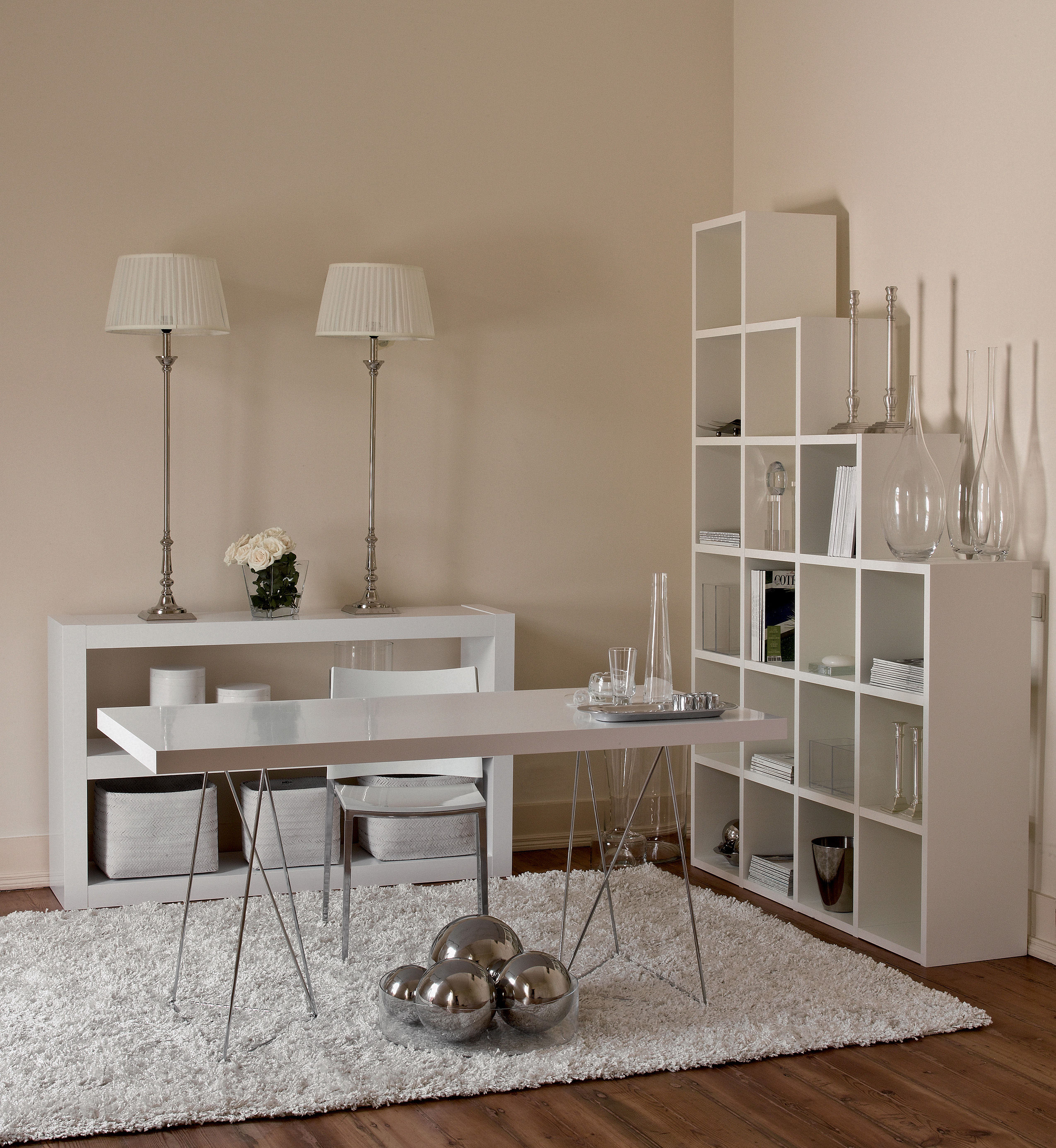 table trestle l 180 cm blanc pied chrom pop up home. Black Bedroom Furniture Sets. Home Design Ideas