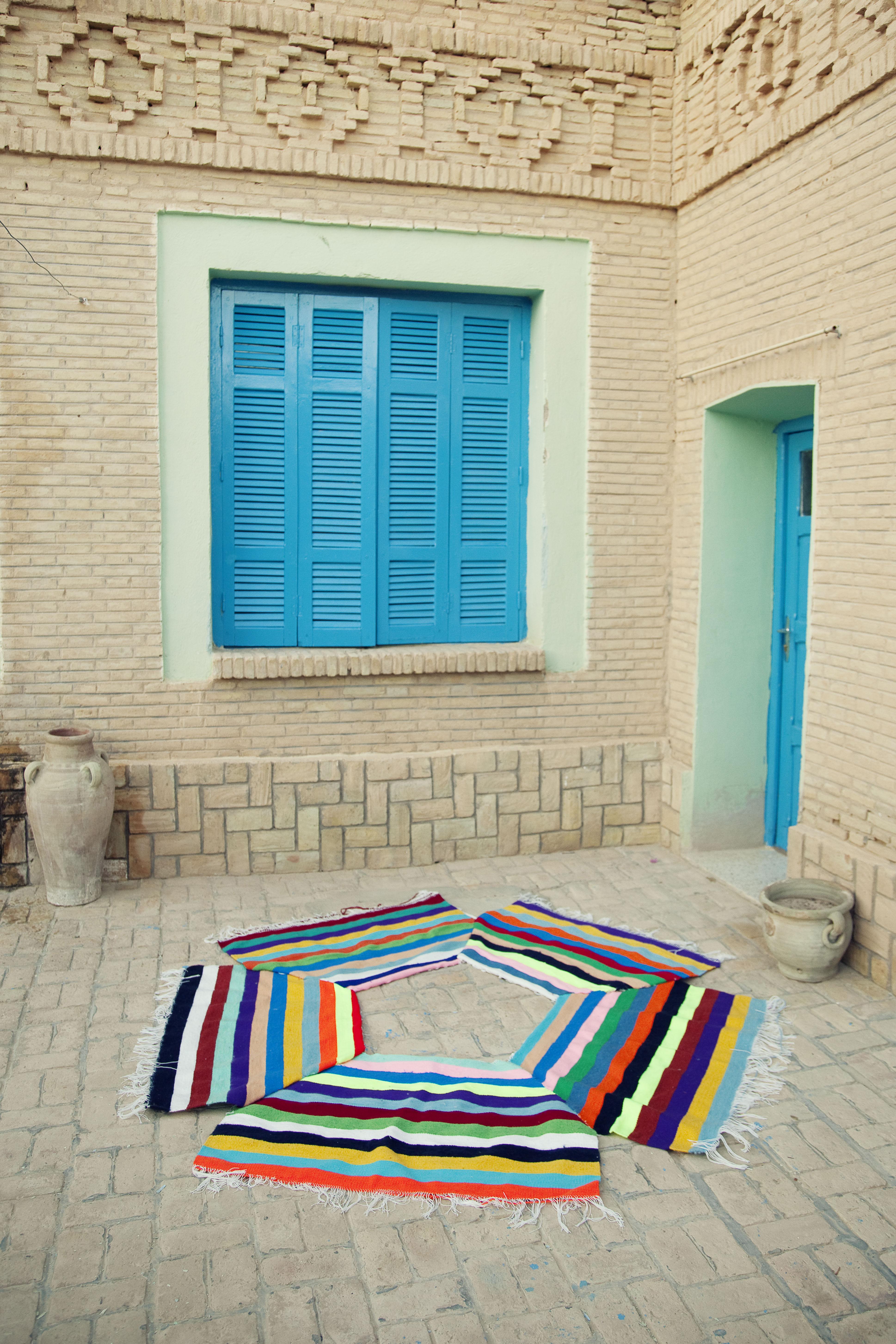 Tapis kilim de convivialit 5 places l 216 cm multicolore made in design ed - Made in design tapis ...