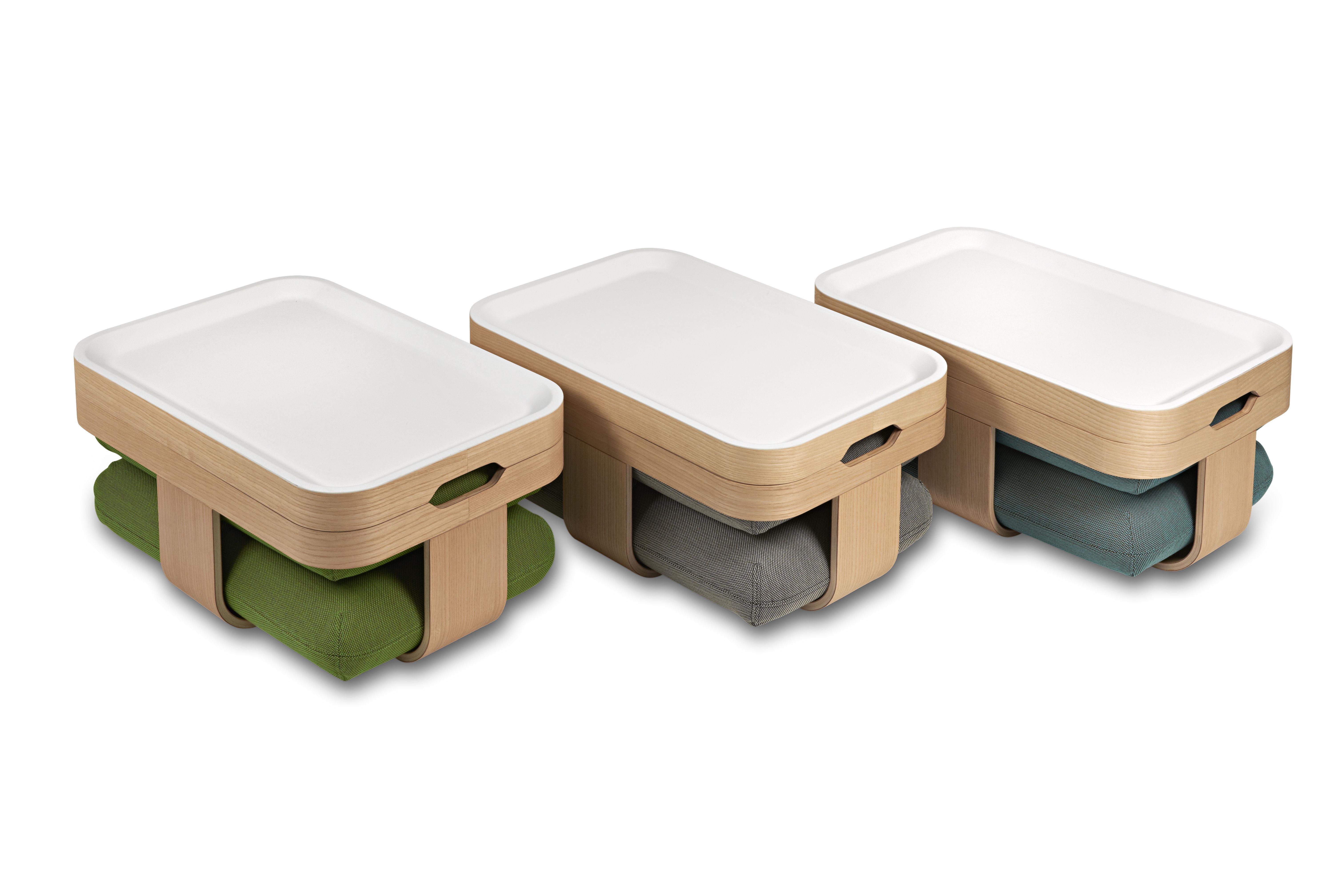 Table basse mister t transformable en pouf et repose pieds bleu p trole mad - Table basse design 3 pieds ...