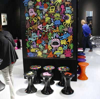 tabouret tam tam freaks mod le 5 mod le 5 noir multicolore stamp edition made in design. Black Bedroom Furniture Sets. Home Design Ideas