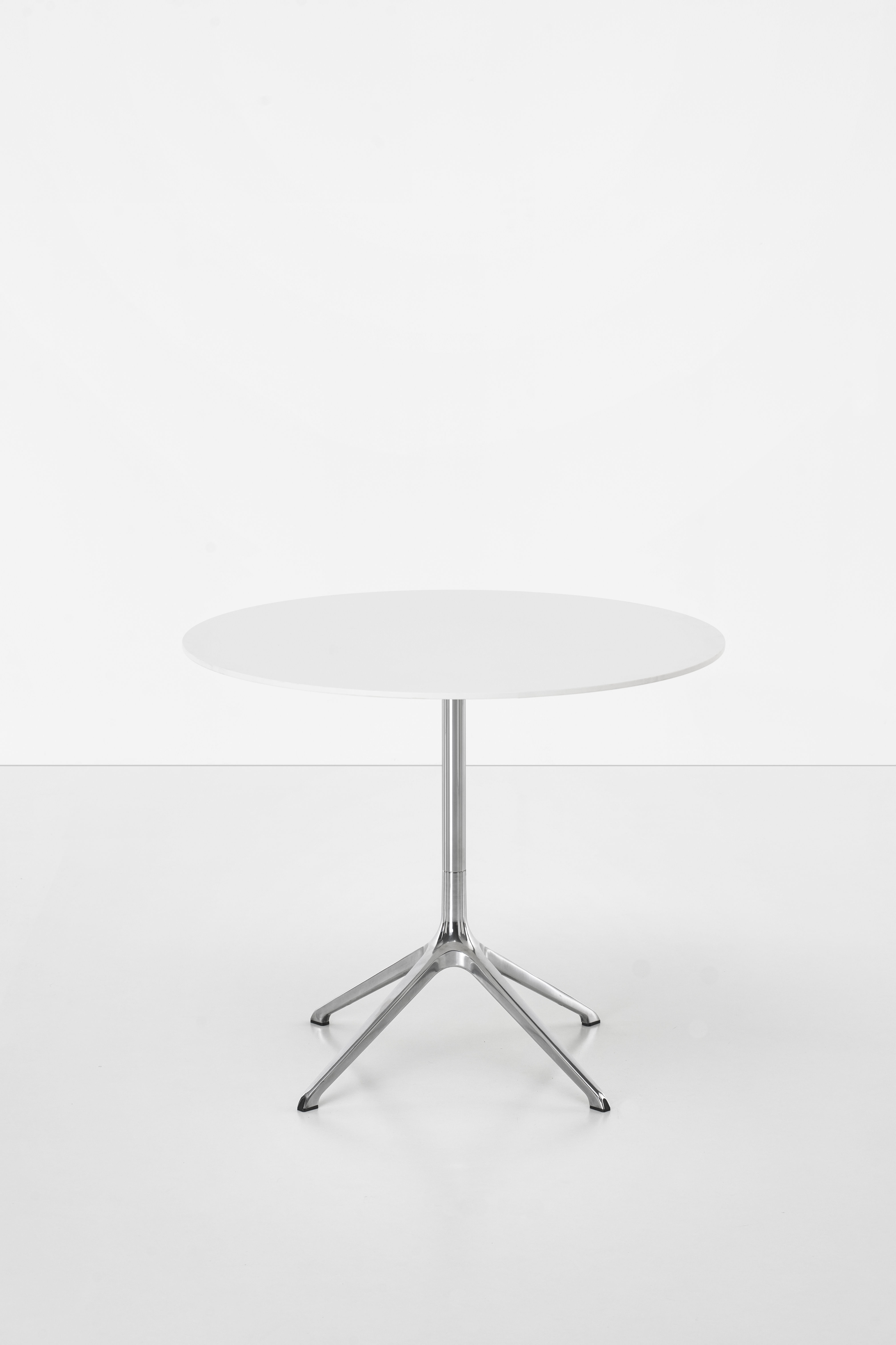 table elfin indoor 90 cm blanc pied alu poli made in design editions by designfit. Black Bedroom Furniture Sets. Home Design Ideas