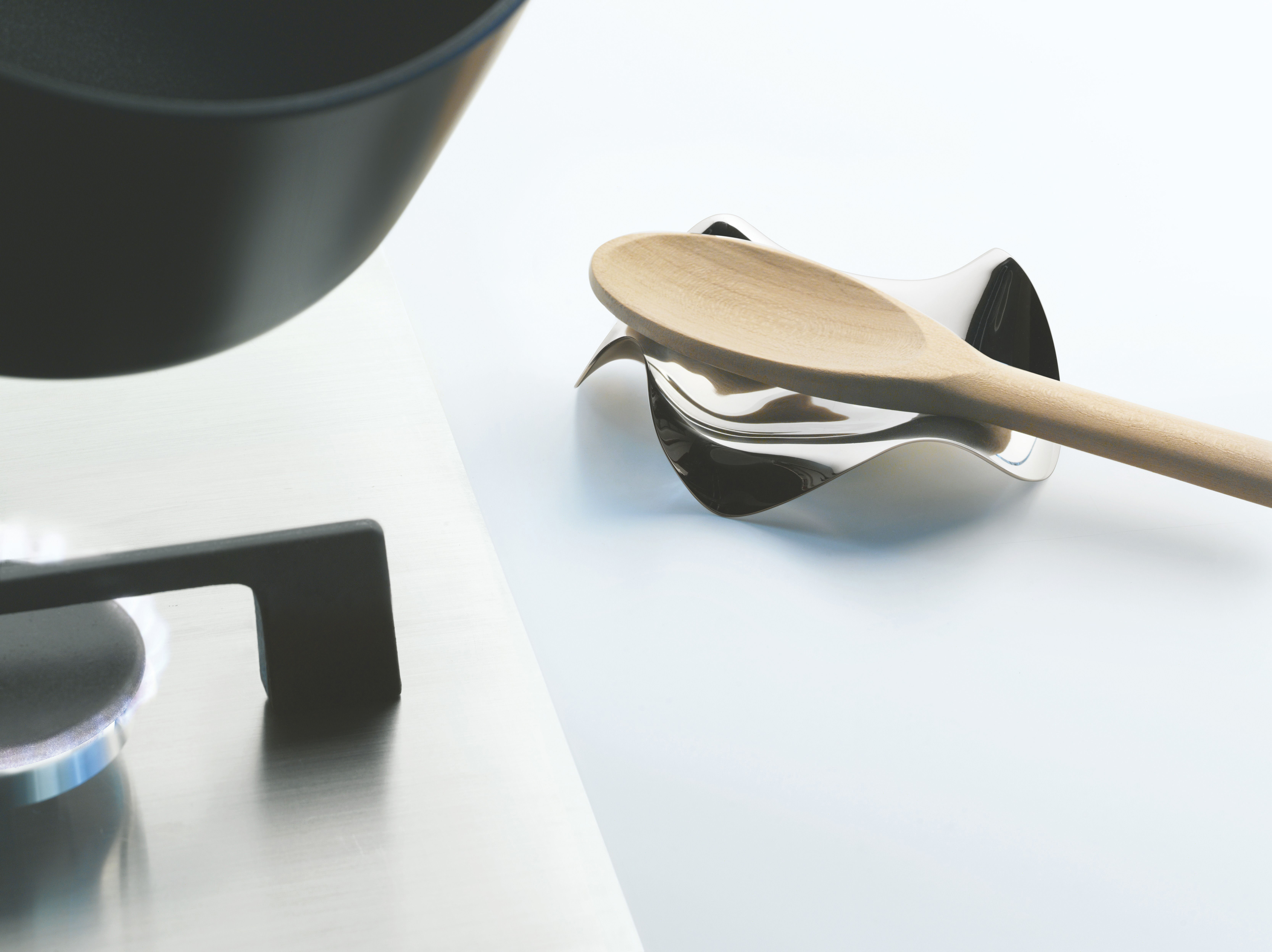 repose cuill re blip acier brillant alessi. Black Bedroom Furniture Sets. Home Design Ideas