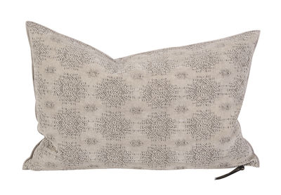 Déco - Coussins - Coussin Vice Versa / 40 x 60 cm - Jacquard - Maison de Vacances - Kilim Ciment - Coton, Jacquard, Plumes de canard