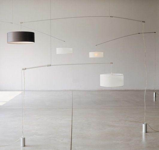 Scopri Sospensione DT Light -Piccolo modello, Braccio alluminio/paralume bianco di De Padova ...