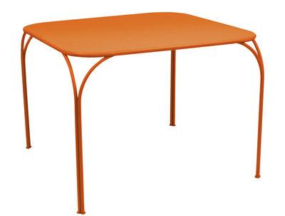 Table Kintbury 100 x 100 cm Fermob carotte en métal