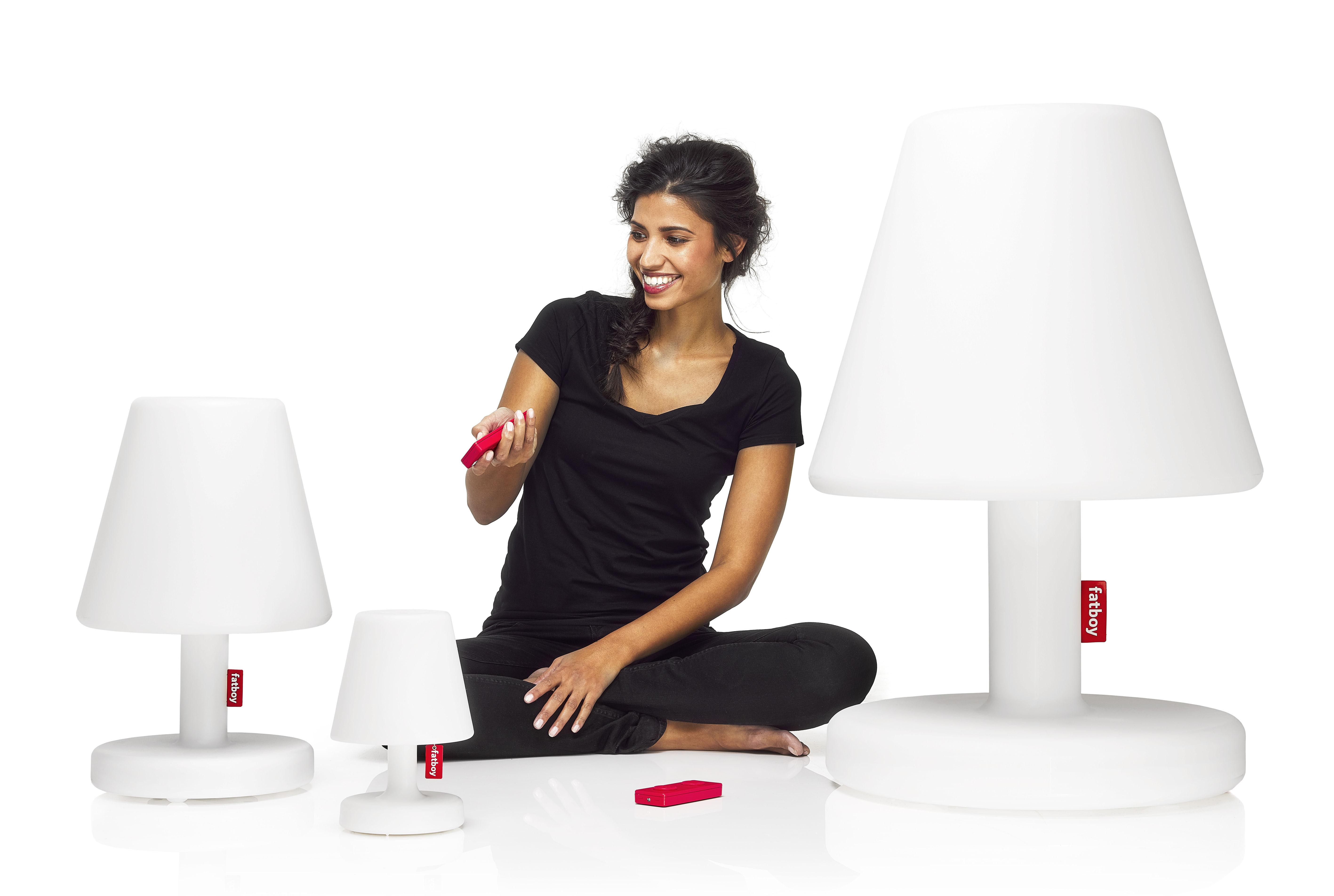 lampe de sol edison the grand ii h 90 cm led blanc fatboy made in design. Black Bedroom Furniture Sets. Home Design Ideas