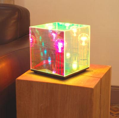 Cube miroir table lamp mirror by designheure for Cube miroir habitat
