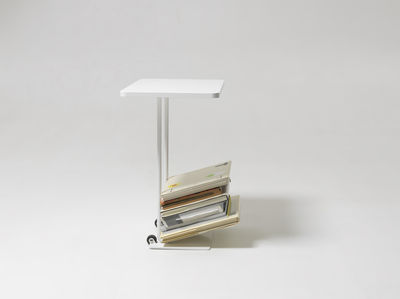 Magazine table end table magazine rack white by design for Table design latex