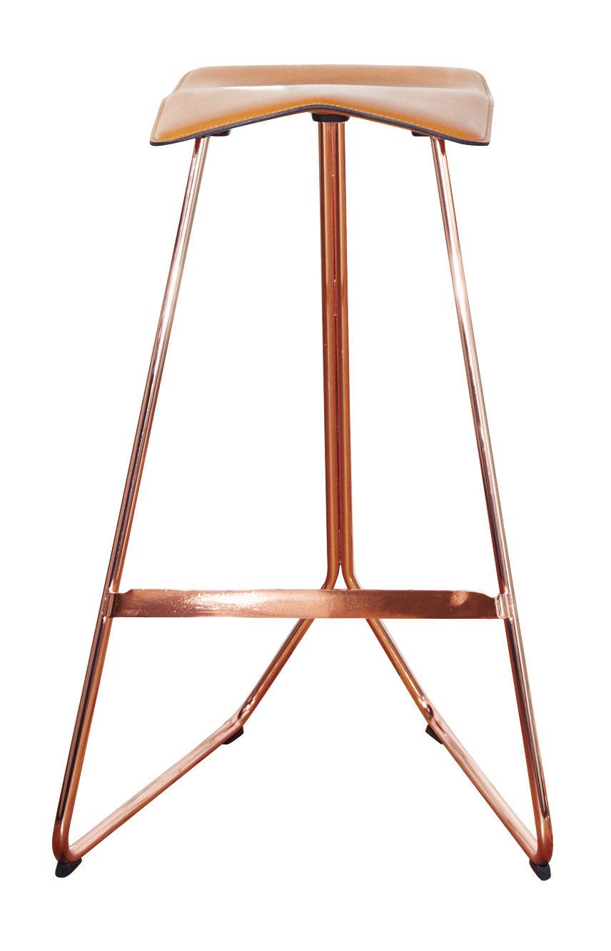 Tabouret de bar triton h 64 cm assise cuir cuir caramel pied cuivre classicon - Tabouret de bar original ...