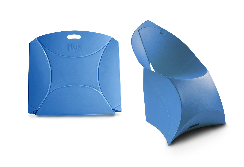 fauteuil enfant flux chair pliable bleu flux made in design. Black Bedroom Furniture Sets. Home Design Ideas