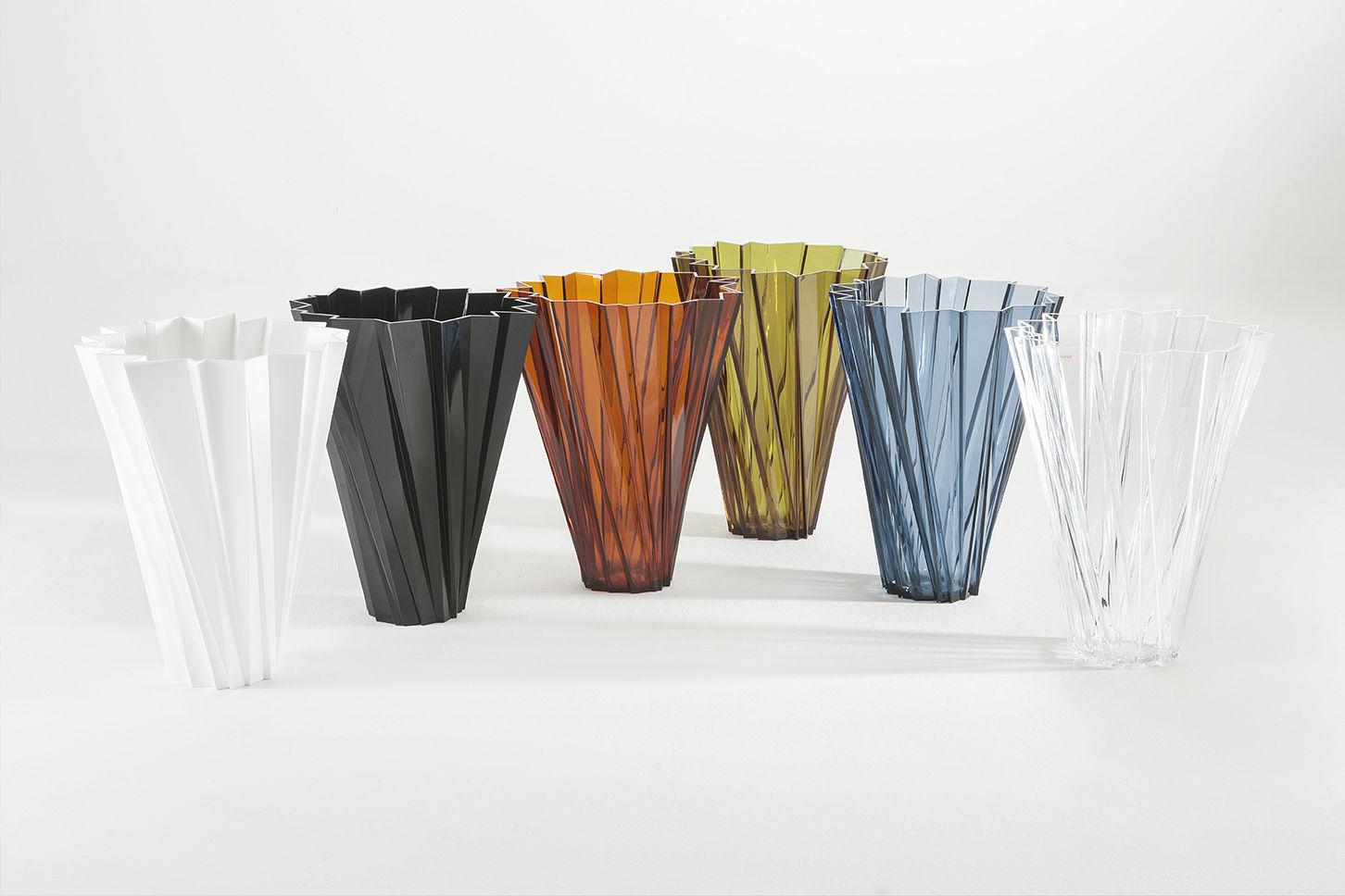 shanghai vase olive green by kartell. Black Bedroom Furniture Sets. Home Design Ideas
