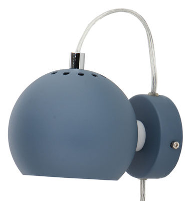 Ball Wandleuchte mit Stromkabel / Ø 12 cm - Neuauflage des Originals von 1968 - Frandsen - Blassblau