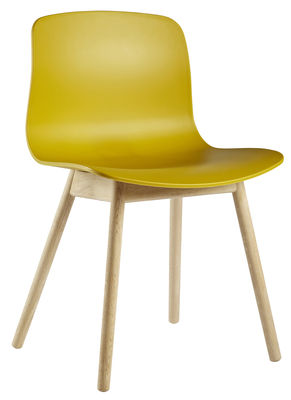 Foto Sedia About a chair AAC12 di Hay - Legno naturale,Mostarda - Materiale plastico