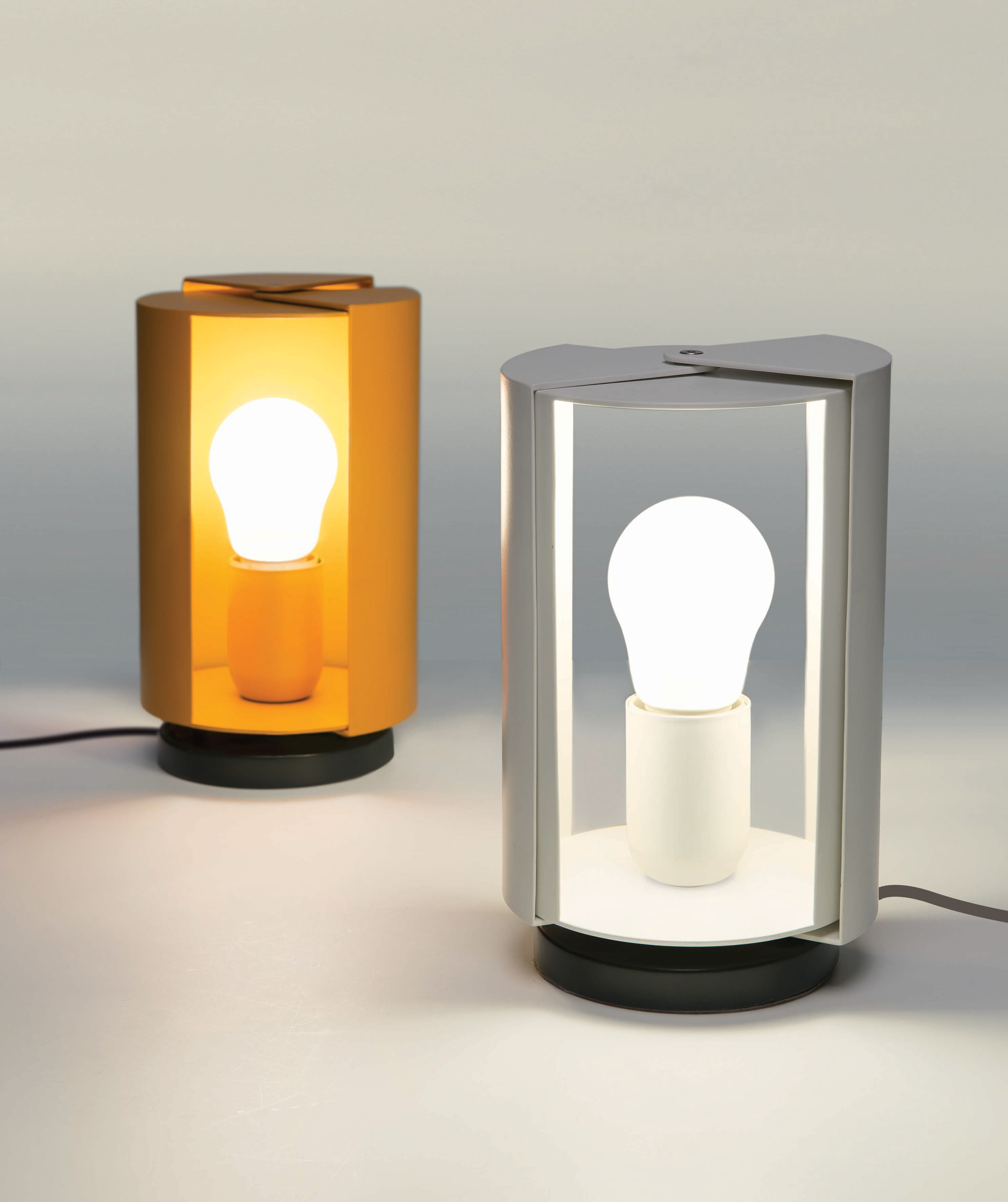 pivotante table lamp white by nemo. Black Bedroom Furniture Sets. Home Design Ideas