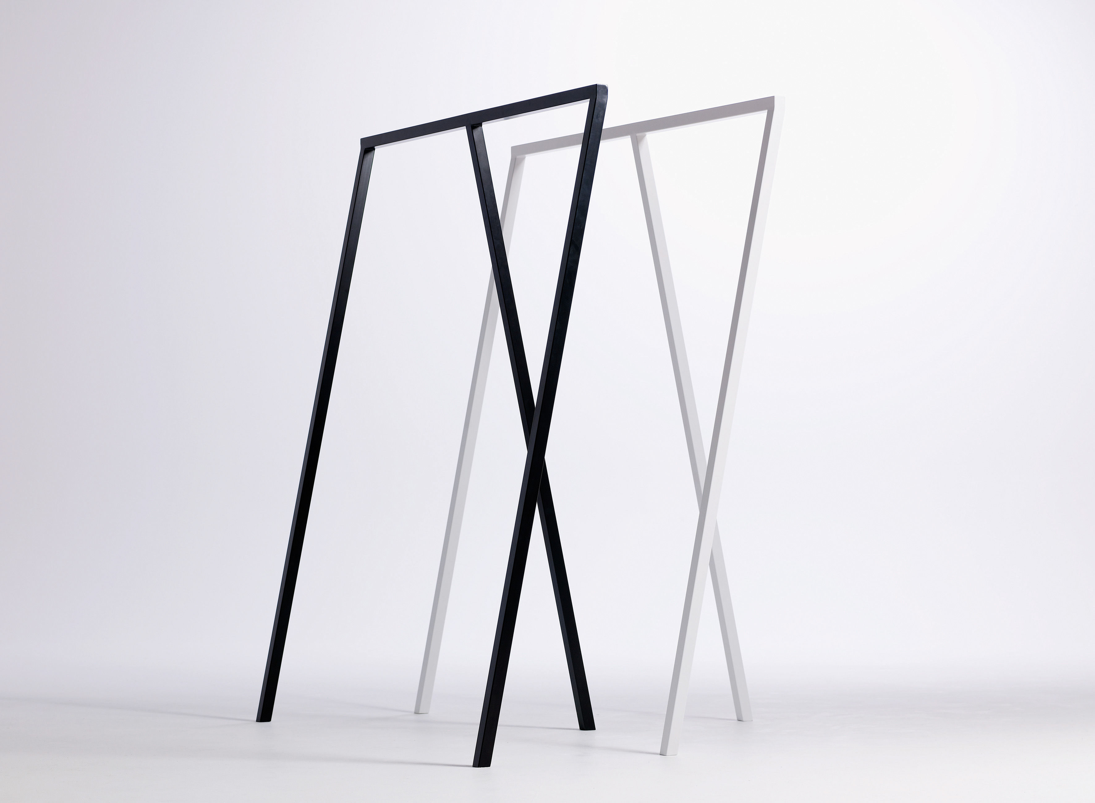 loop rack l 130 cm white by hay. Black Bedroom Furniture Sets. Home Design Ideas