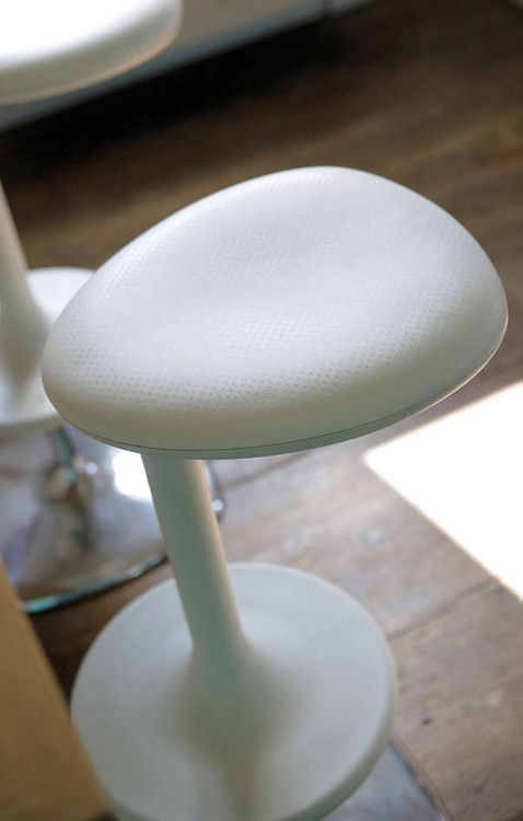 Kant Bar stool - H 79 cm - Plastic White by Casamania