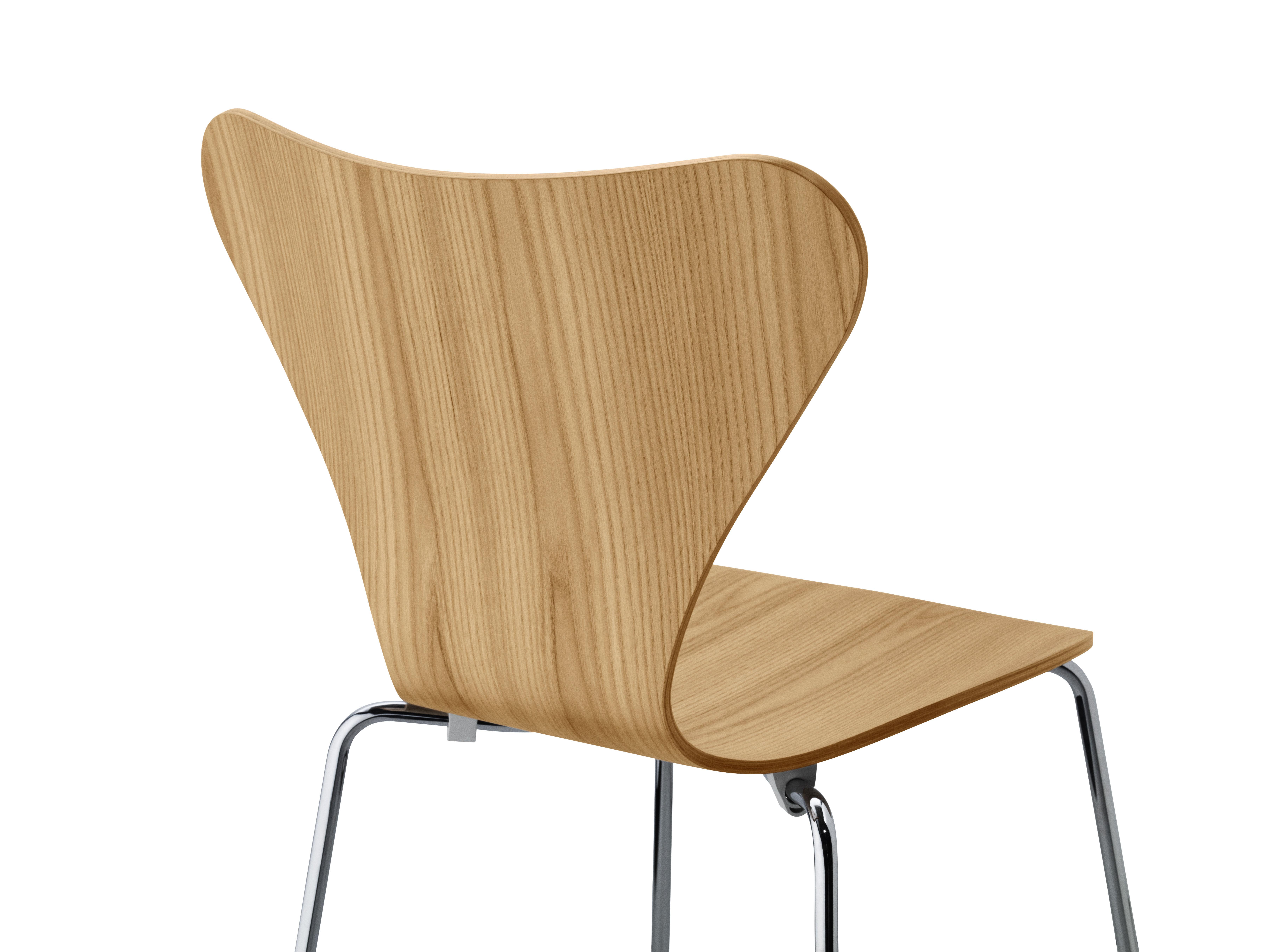chaise empilable s rie 7 bois naturel orme fritz hansen. Black Bedroom Furniture Sets. Home Design Ideas