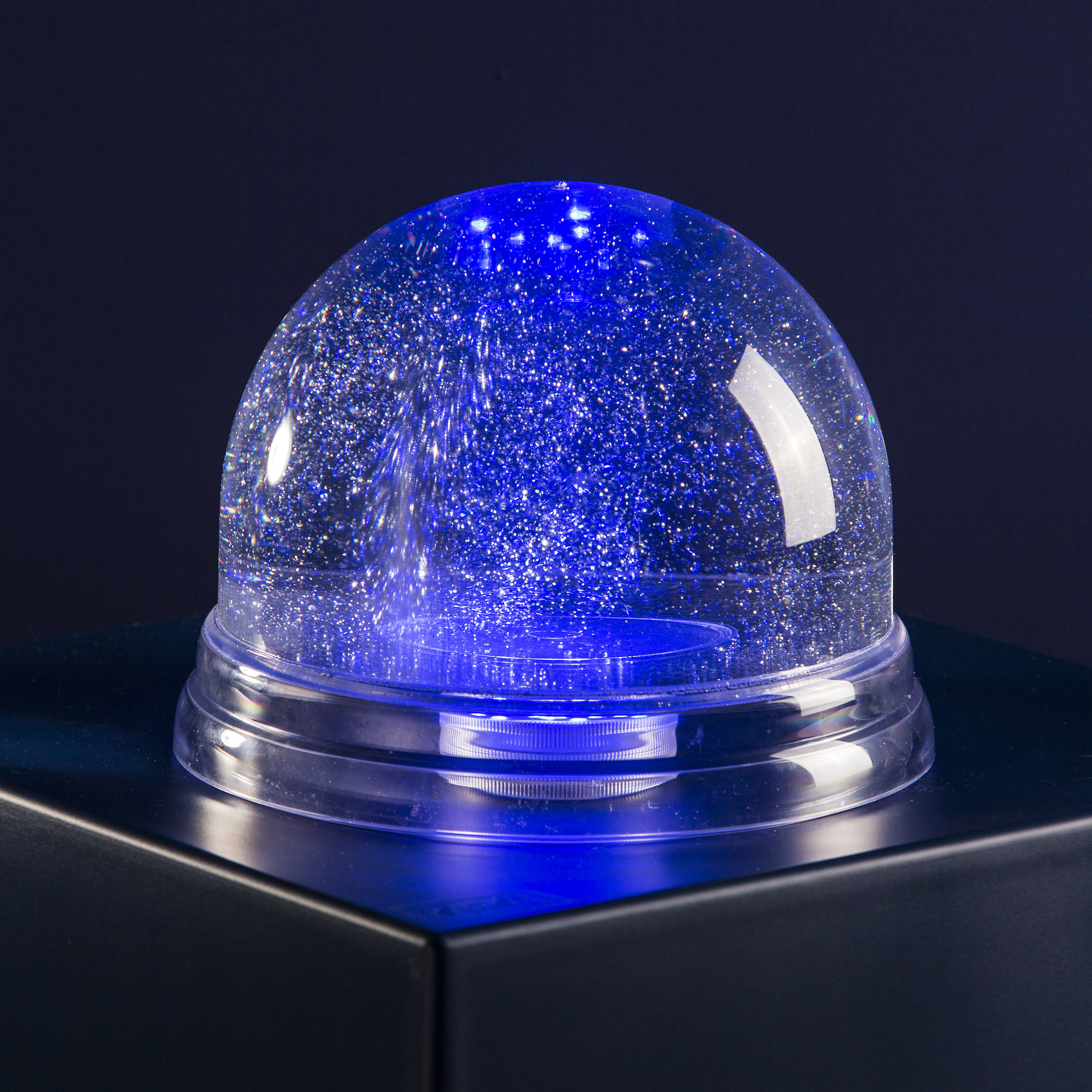 boule neige lumineuse g ante led 22 cm transparent. Black Bedroom Furniture Sets. Home Design Ideas
