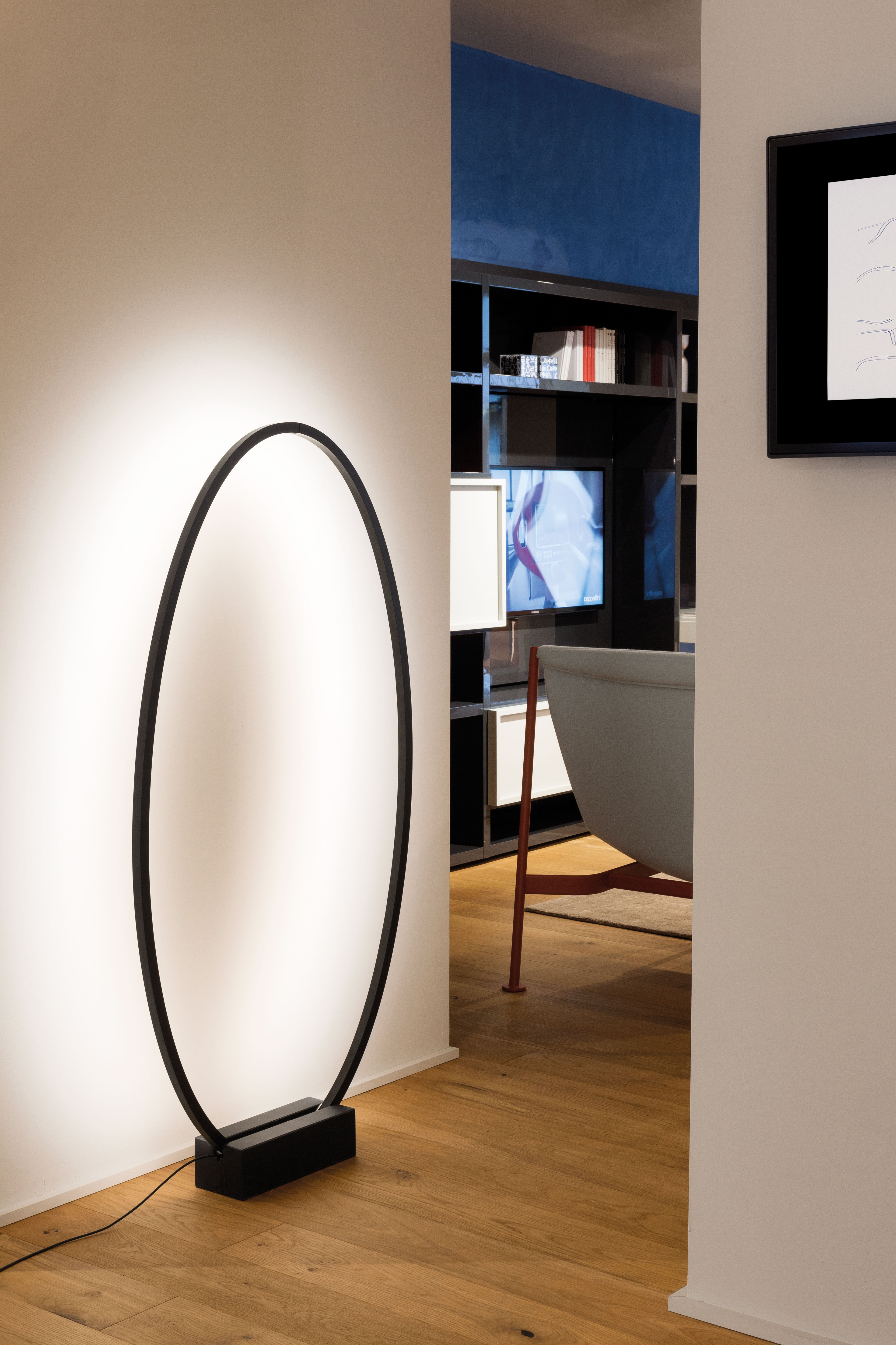 ellisse led ring zum aufh ngen oder hinstellen nemo lampe. Black Bedroom Furniture Sets. Home Design Ideas