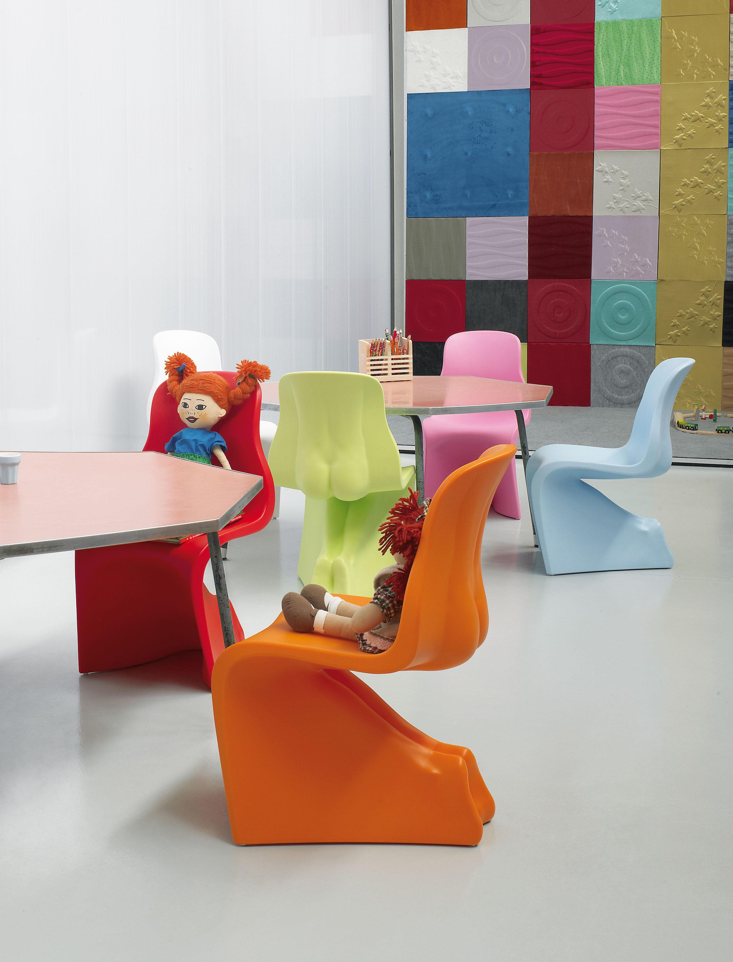 chaise enfant joy vert casamania. Black Bedroom Furniture Sets. Home Design Ideas