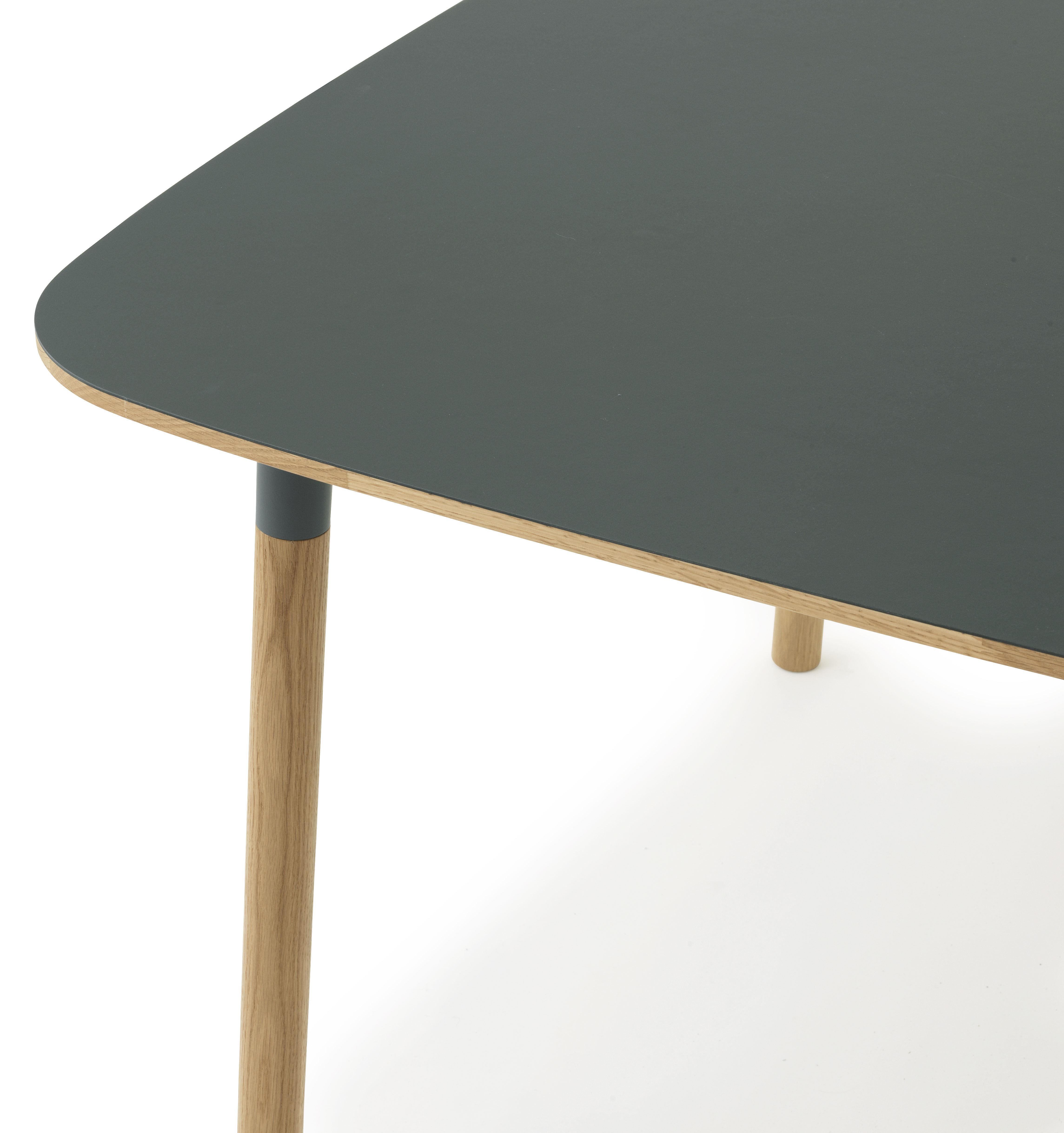 form 120 x 120 cm normann copenhagen tisch. Black Bedroom Furniture Sets. Home Design Ideas