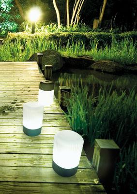 lampe sans fil koho led rechargeable gris fontana arte made in design. Black Bedroom Furniture Sets. Home Design Ideas