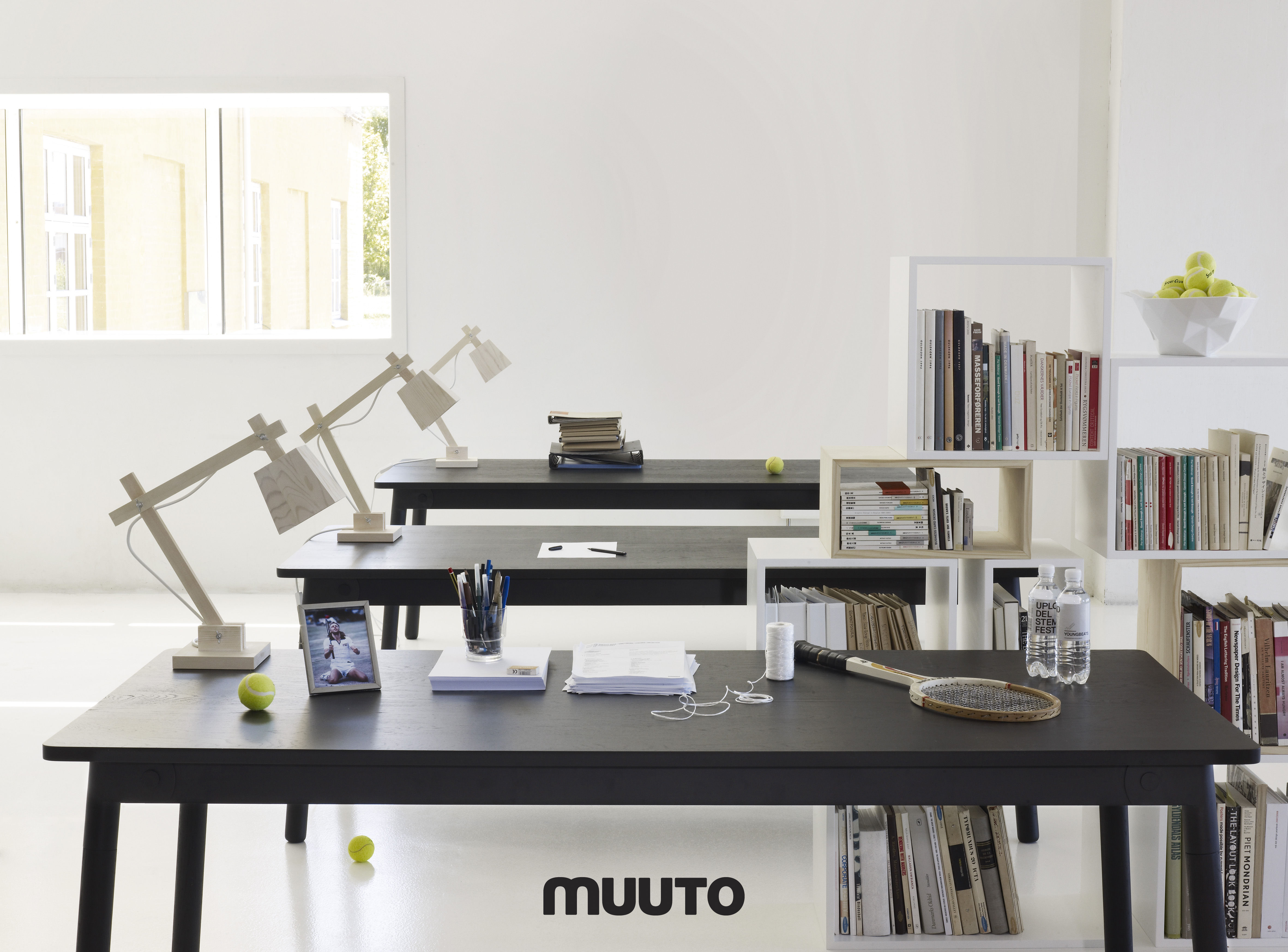 wood lamp table lamp wood green cord by muuto. Black Bedroom Furniture Sets. Home Design Ideas