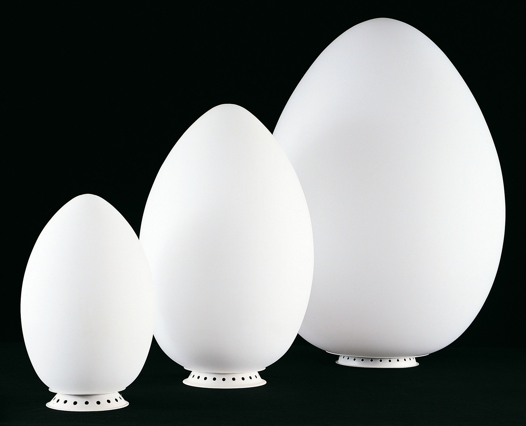 Uovo Table lamp H 44 cm by Fontana Arte