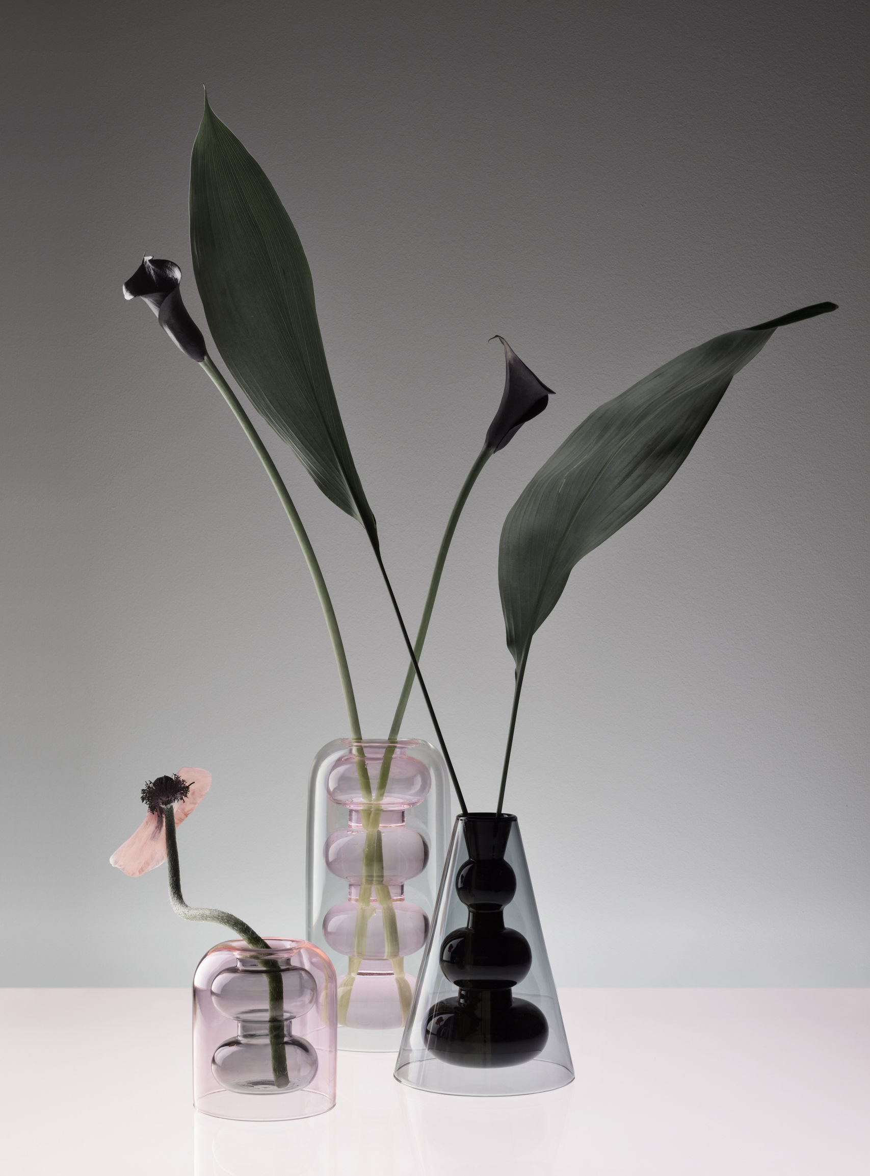Bump Vase Cone H 22 Cm Blown Glass Grey Black By Tom Dixon