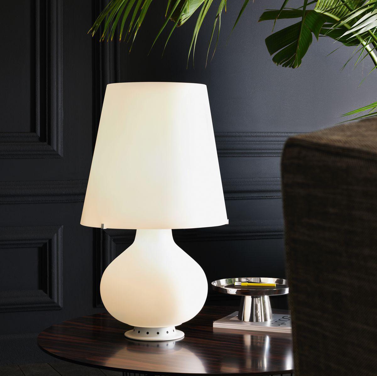 lampe de table fontana medium led h 53 cm h 53 blanc fontana arte. Black Bedroom Furniture Sets. Home Design Ideas