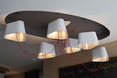 suspension grand nuage 6 abat jours pvc blanc laqu int rieur argent mat designheure. Black Bedroom Furniture Sets. Home Design Ideas