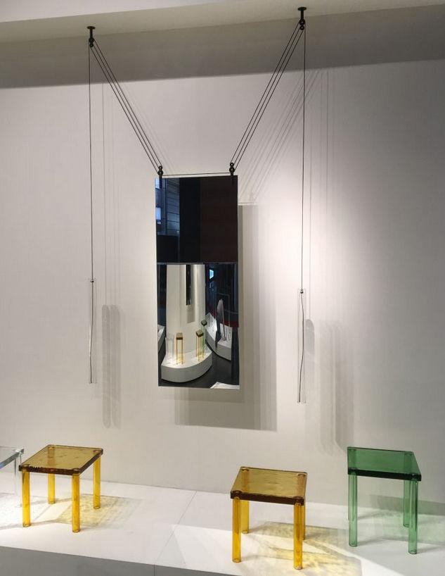 miroir suspendre palanco h 125 cm double face r glable cylindres rouges c bles noirs. Black Bedroom Furniture Sets. Home Design Ideas