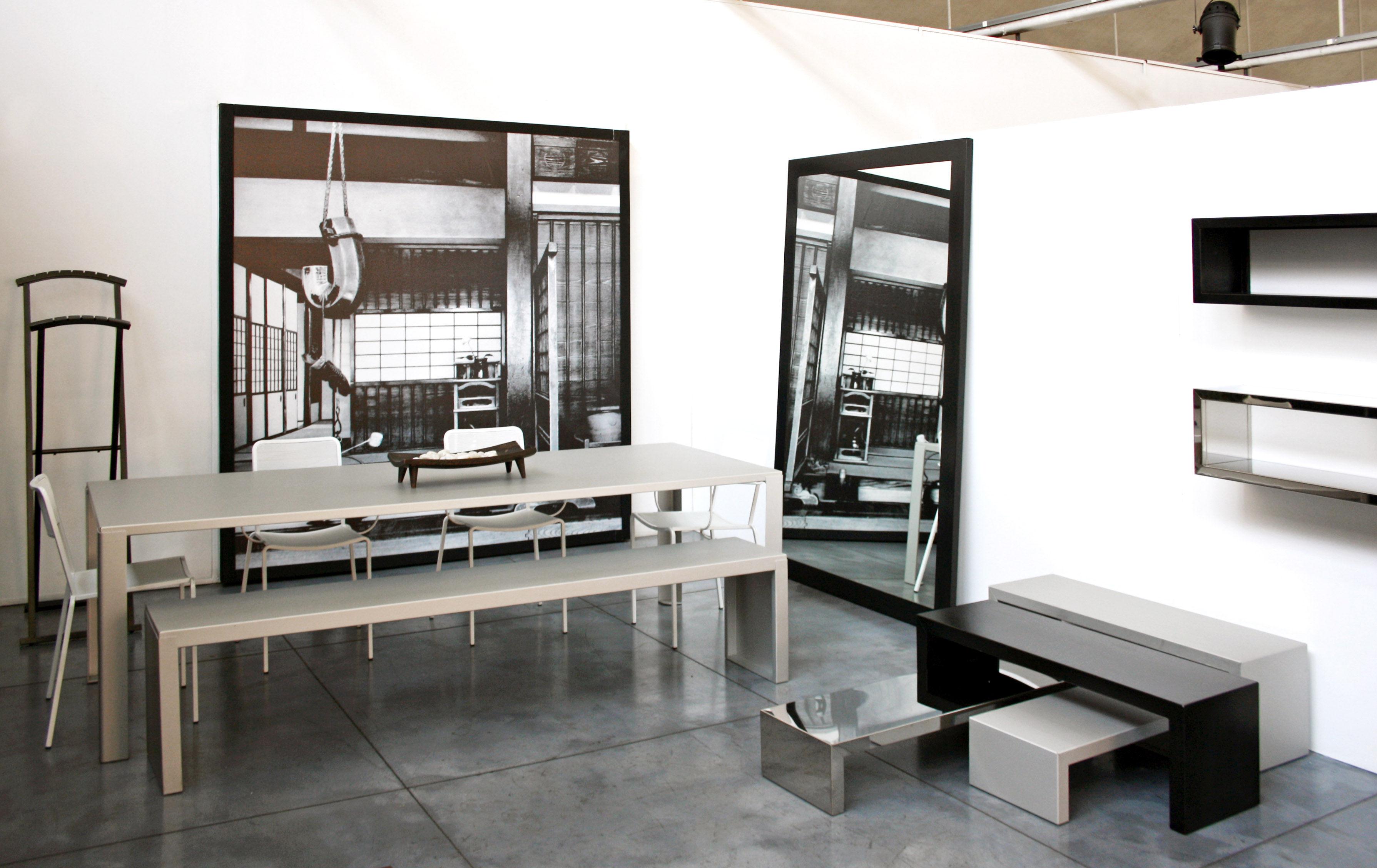 Etag re inox wall rack finition miroir l 160 cm zeus for Immense miroir