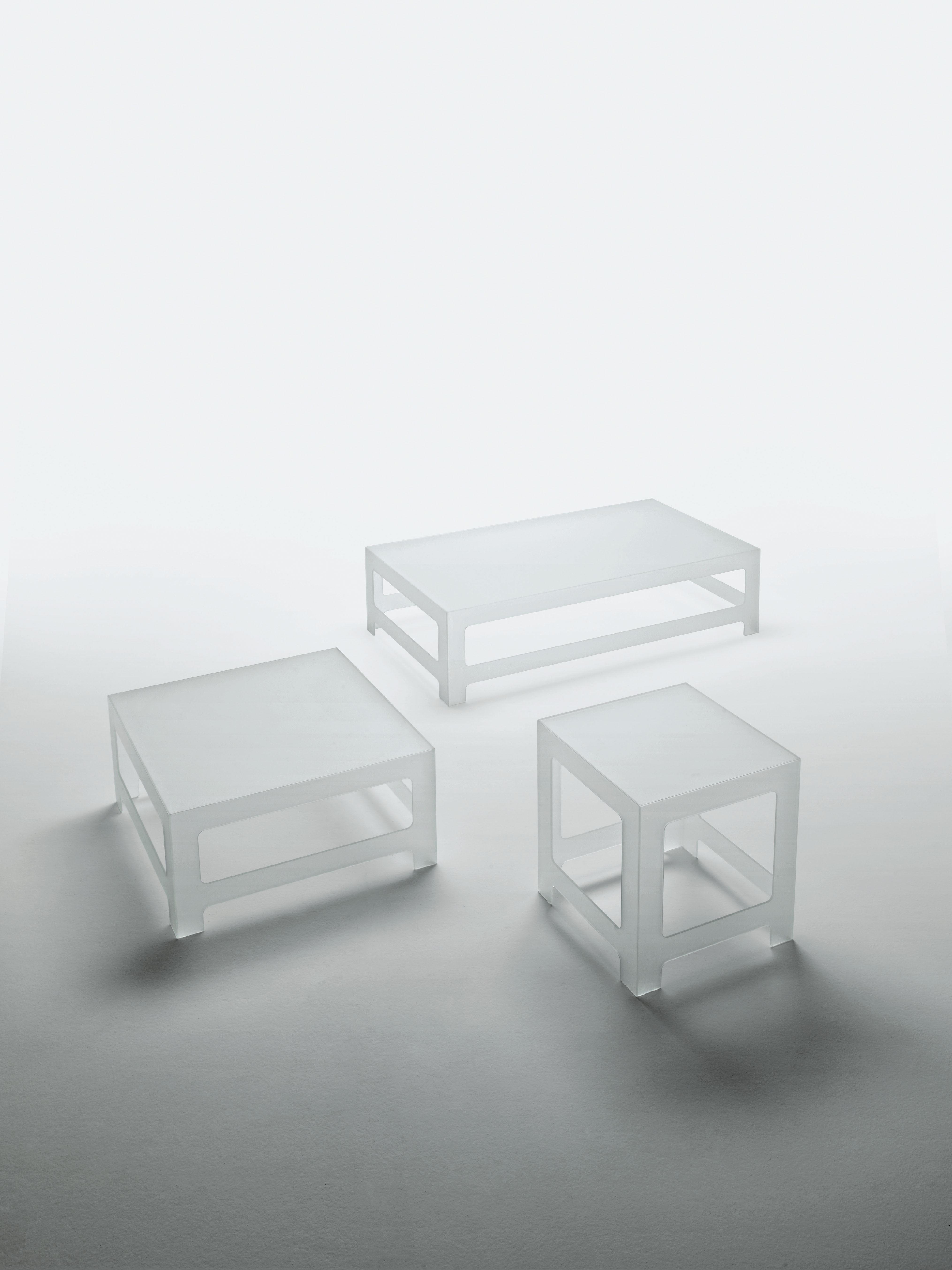Nezu coffee table h 30 cm 130 x 70 cm 130 x 70 cm for Coffee table 70 x 70