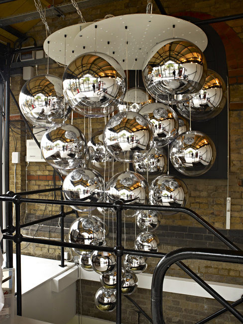 mirror ball medium pendant pendant light 40 cm by tom dixon. Black Bedroom Furniture Sets. Home Design Ideas