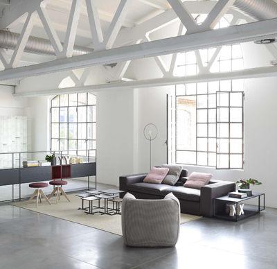 flow gepolstert h 48 cm 4 stuhlbeine aus eiche mdf italia hocker. Black Bedroom Furniture Sets. Home Design Ideas