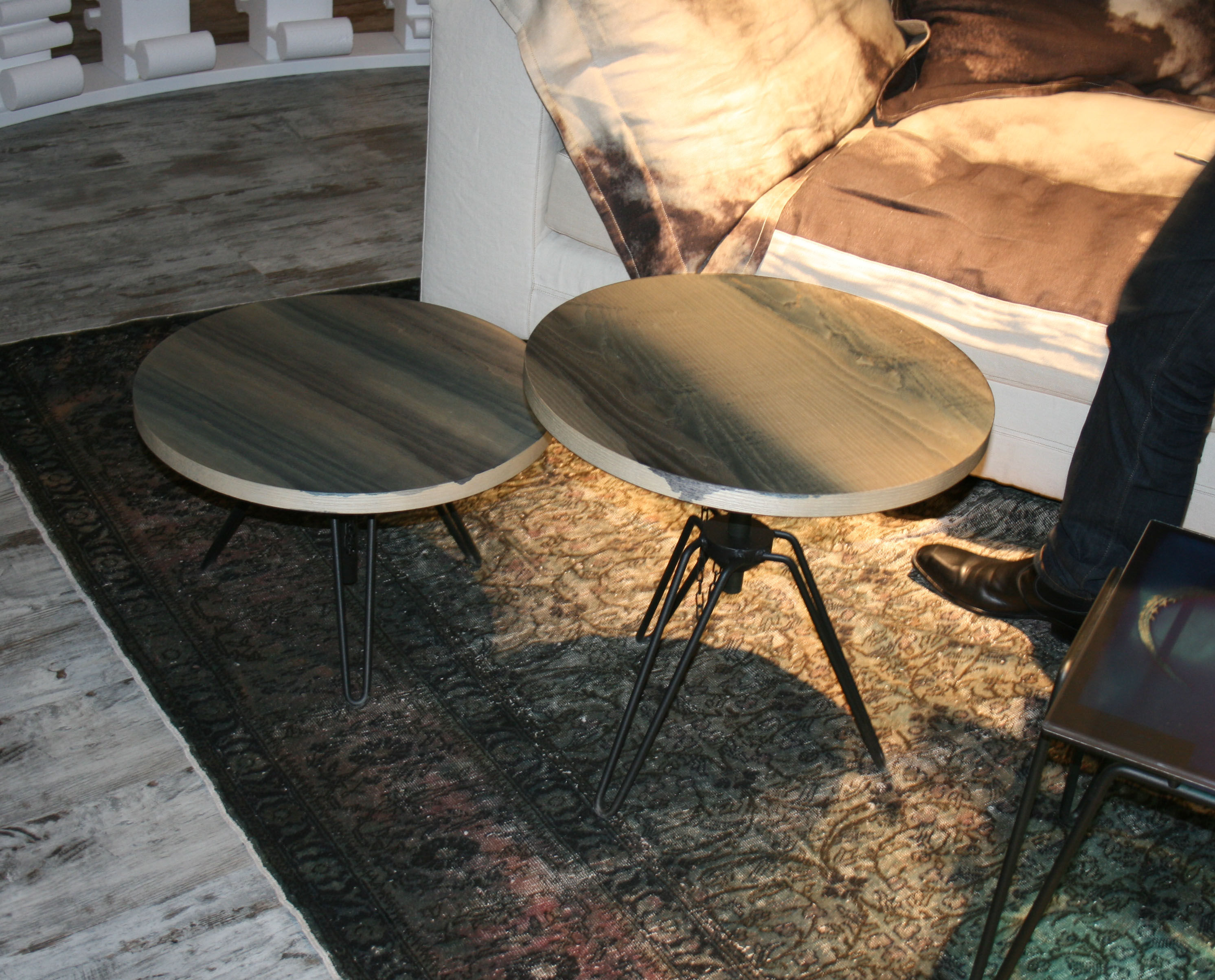 table basse overdyed hauteur r glable 50 cm gris d lav diesel with moroso. Black Bedroom Furniture Sets. Home Design Ideas