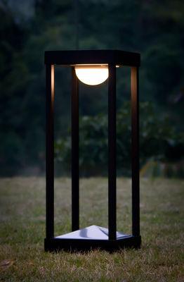 lampe solaire la lampe parc l led sans fil h 50 cm noir maiori made in design. Black Bedroom Furniture Sets. Home Design Ideas