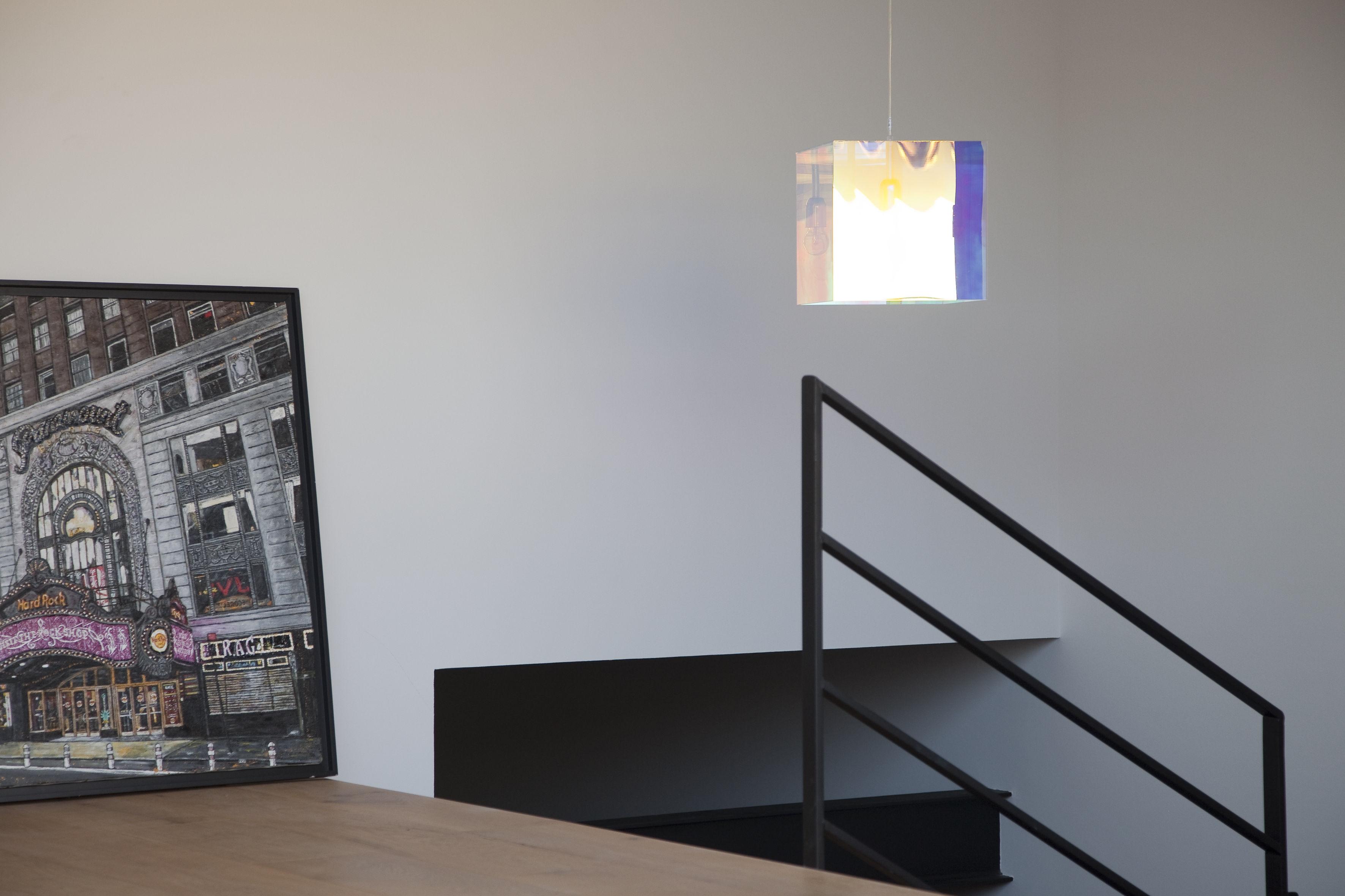 Cube miroir pendant mirror 15 6 x 15 6 cm by designheure for Cube miroir habitat
