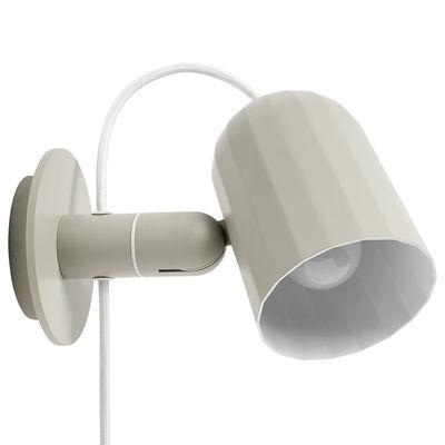 Luminaire - Appliques - Applique avec prise Noc / Métal - Câble branchement secteur - wrong.london - Blanc - Aluminium