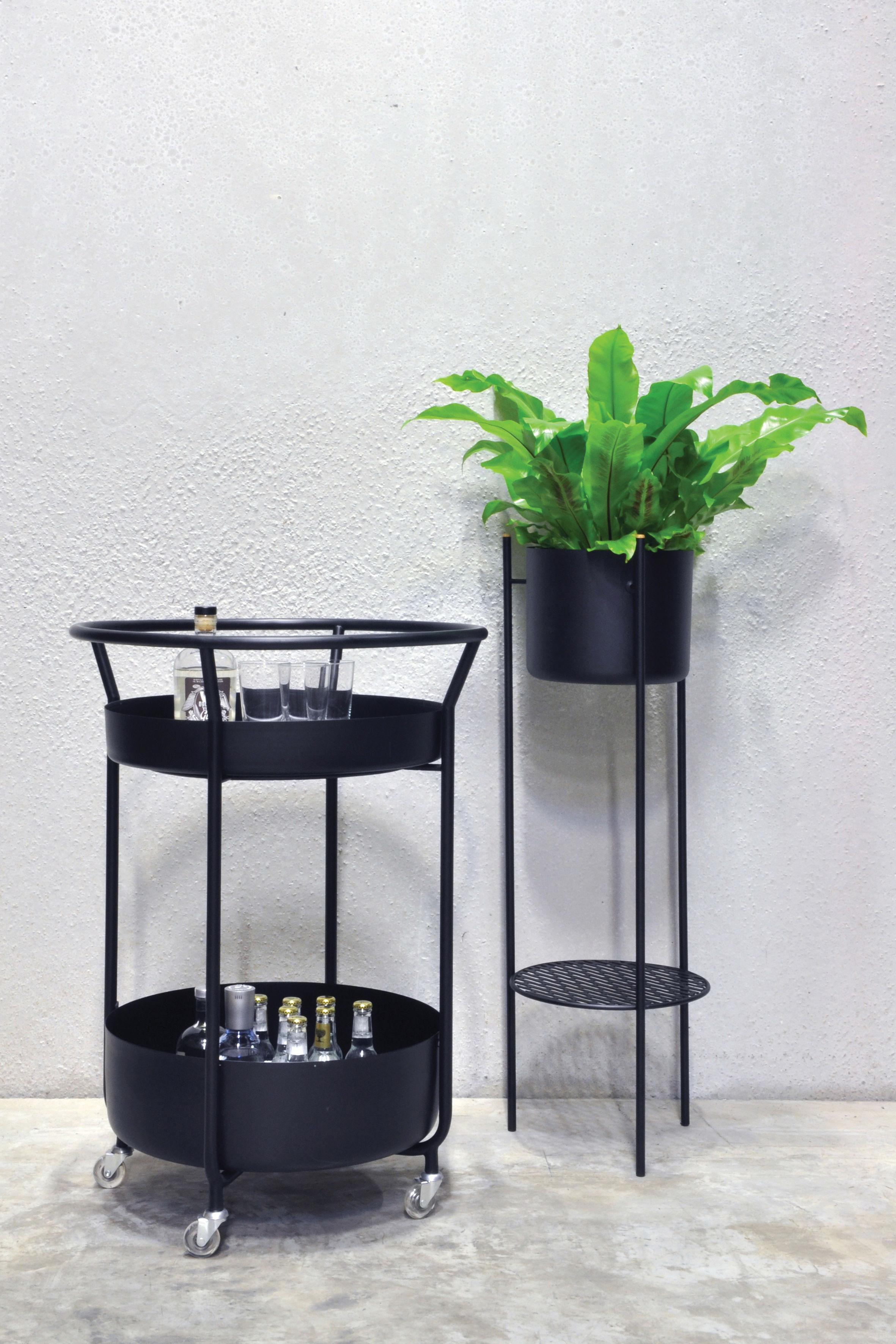 desserte corona acier blanc xl boom. Black Bedroom Furniture Sets. Home Design Ideas