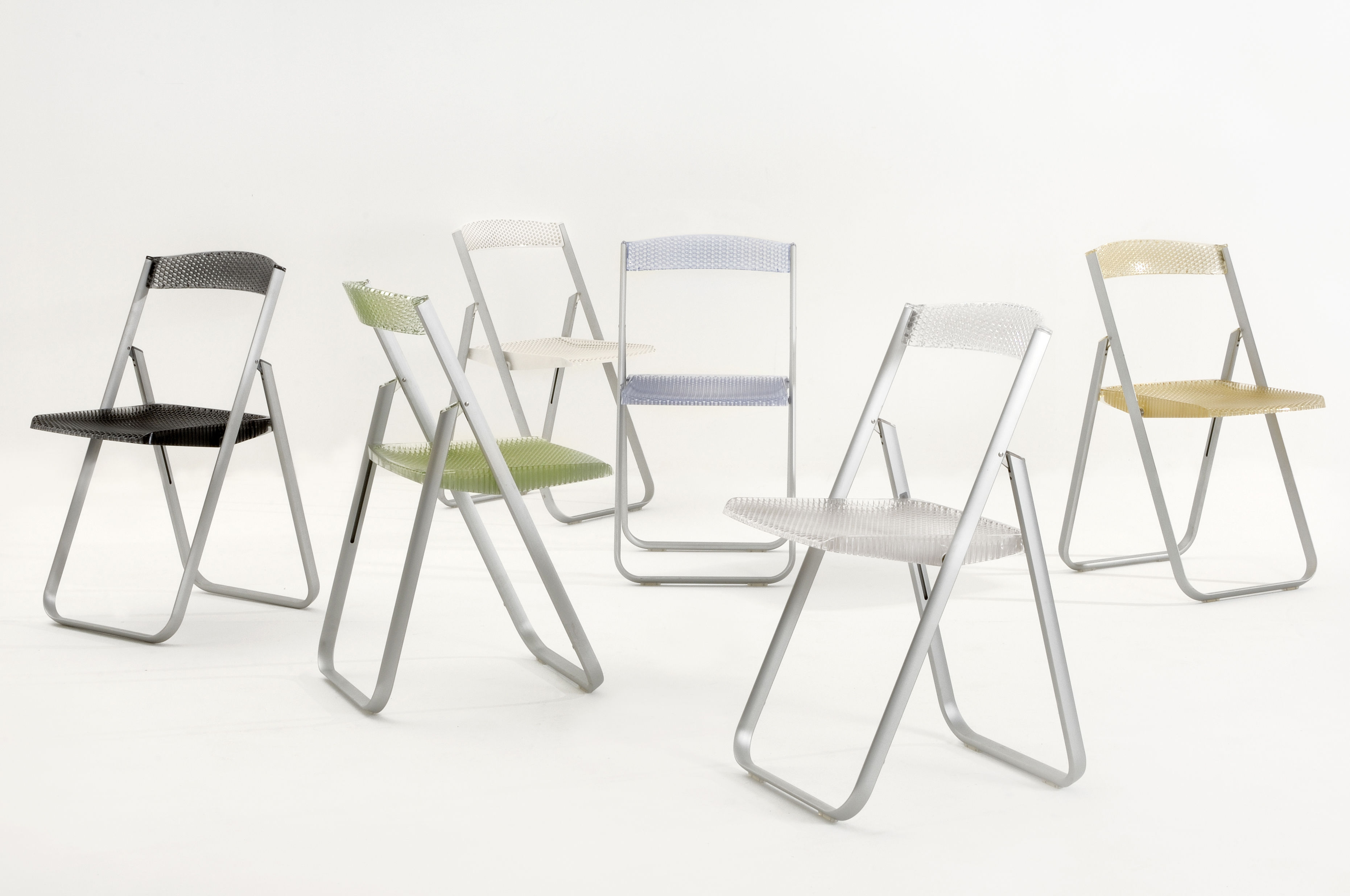Honey b Folding chair Polycarbonate & metal structure Smoke by