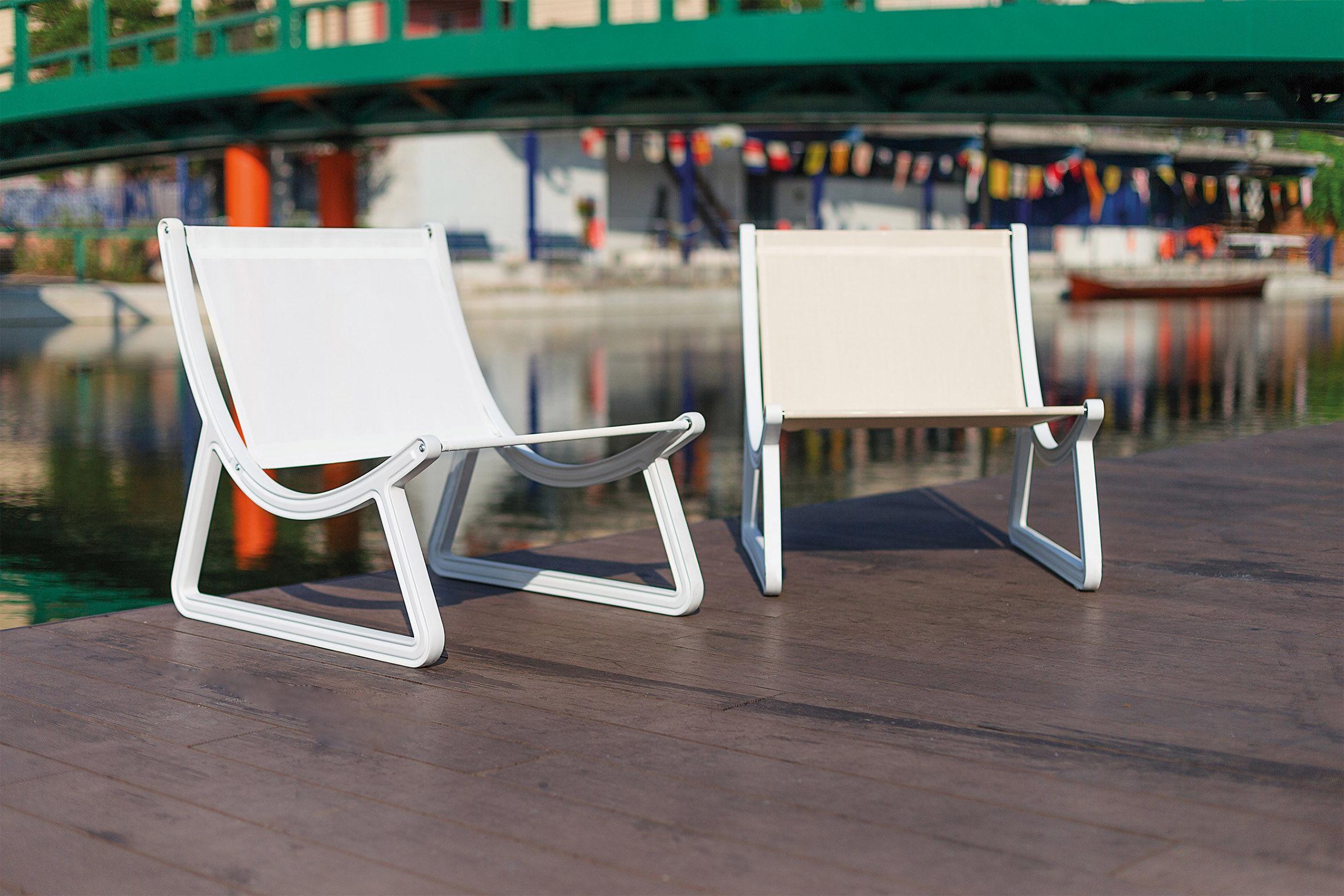 fauteuil bas dream line pour l 39 ext rieur tissu. Black Bedroom Furniture Sets. Home Design Ideas