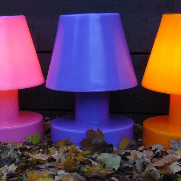 lampe sans fil rechargeable h 56 cm violet h 56 cm bloom made in design. Black Bedroom Furniture Sets. Home Design Ideas