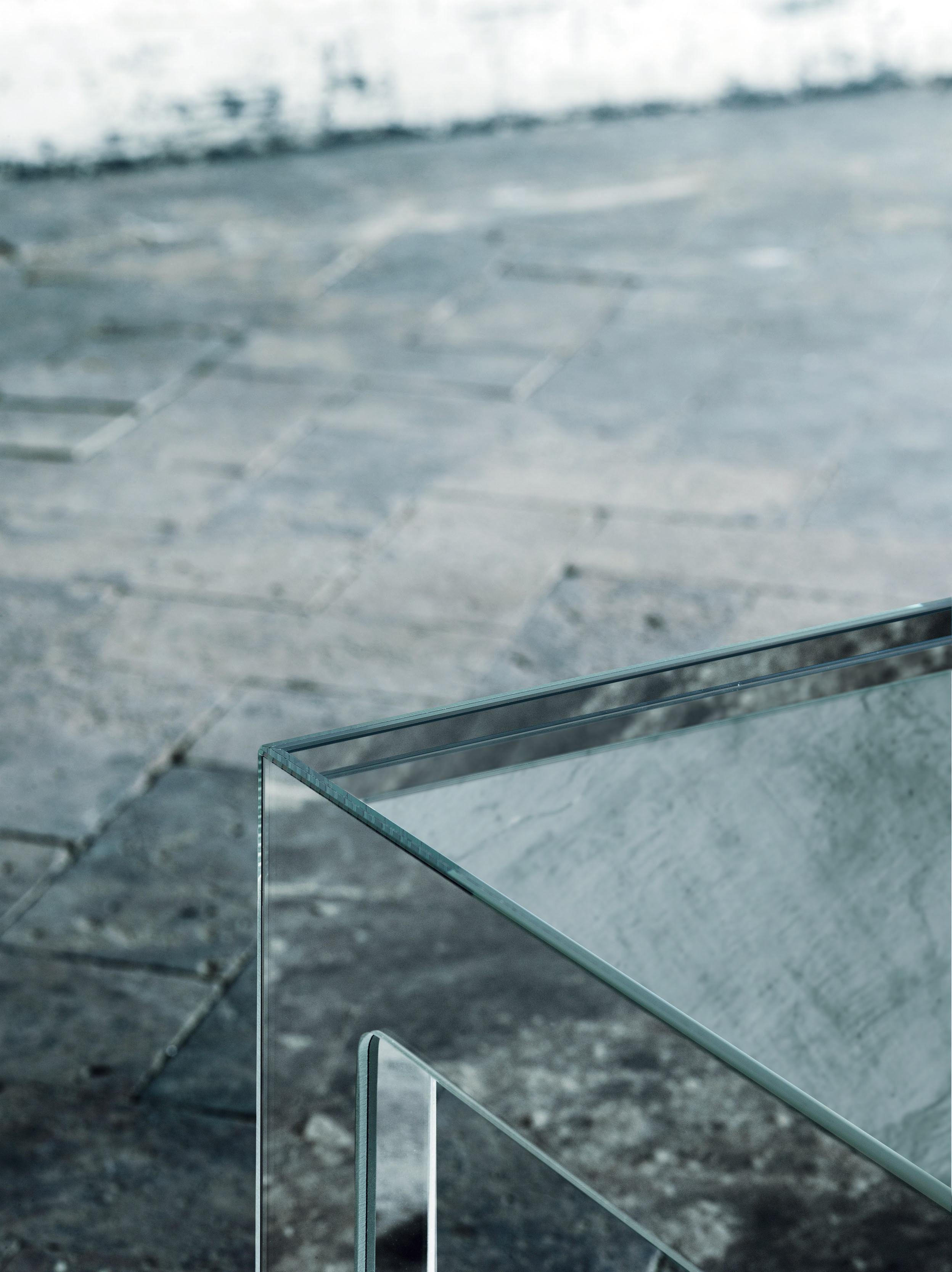 Table basse mirror mirror 130 x 70 cm miroir glas italia for Miroir 90 x 130