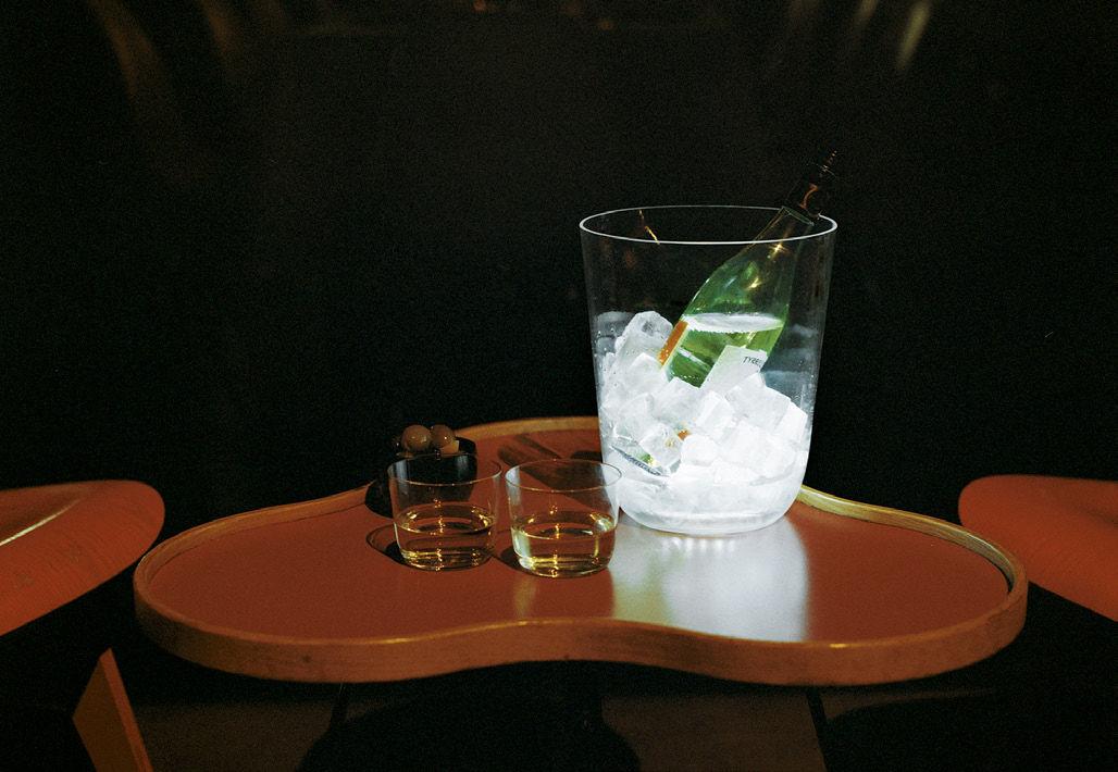 Seau champagne lumineux tonic ice bucket led sans fil - Seau a champagne lumineux ...