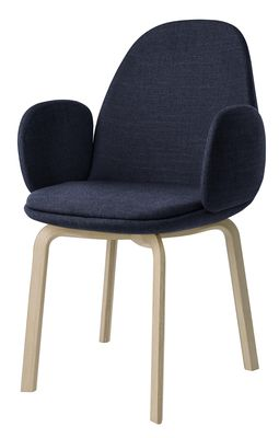 fauteuil rembourr sammen bleu nuit fritz hansen. Black Bedroom Furniture Sets. Home Design Ideas